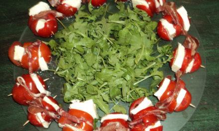 Cuisine en compagnie, Brochettes fraiches tomates/Mozzarella/Copa