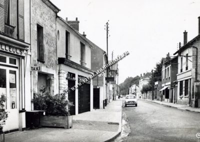 lamorlaye-rue-de-la-tuilerie-cafe-des-tilleuls-01