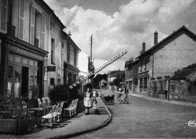 lamorlaye-rue-de-la-tuilerie-cafe-des-tilleuls-02