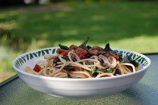 Cuisine en compagnie, spaghettis avec blettes et pignons