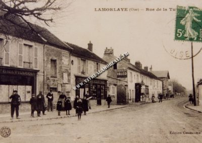 lamorlaye-rue-de-la-tuilerie-commerces